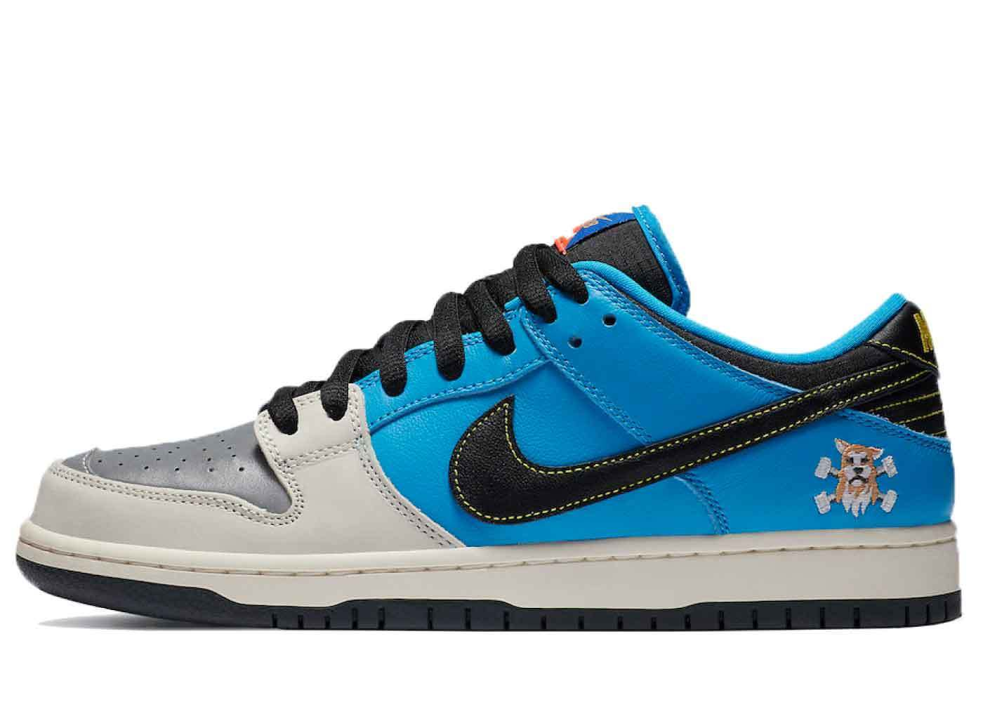 Instant Skateboards x Nike SB Dunk Lowの写真