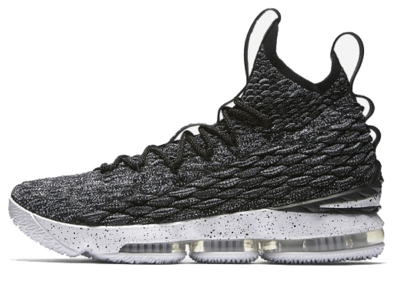 LeBron 15 Ashesの写真