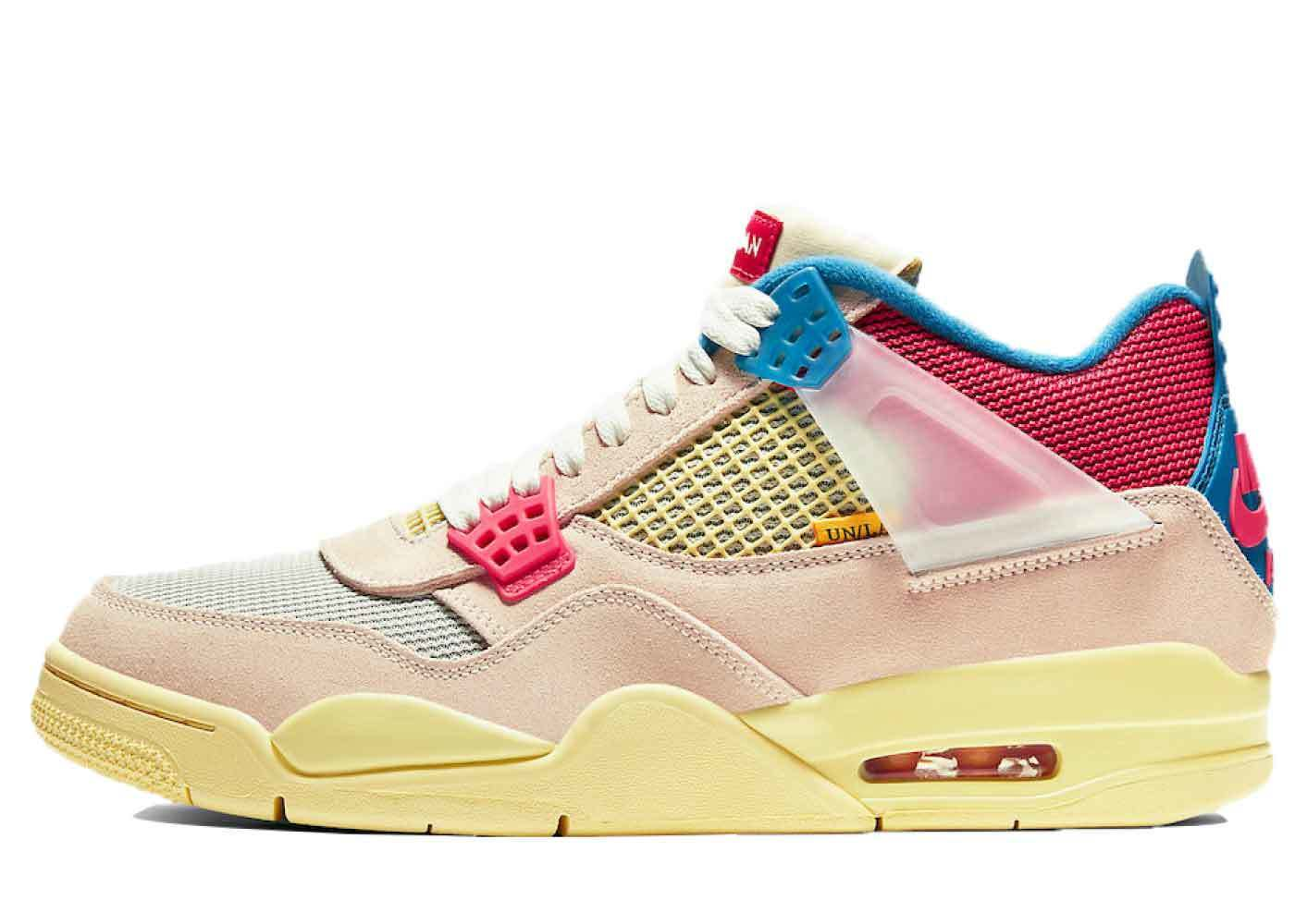 Union Los Angeles × Nike Air Jordan 4 Retro Guava Iceの写真