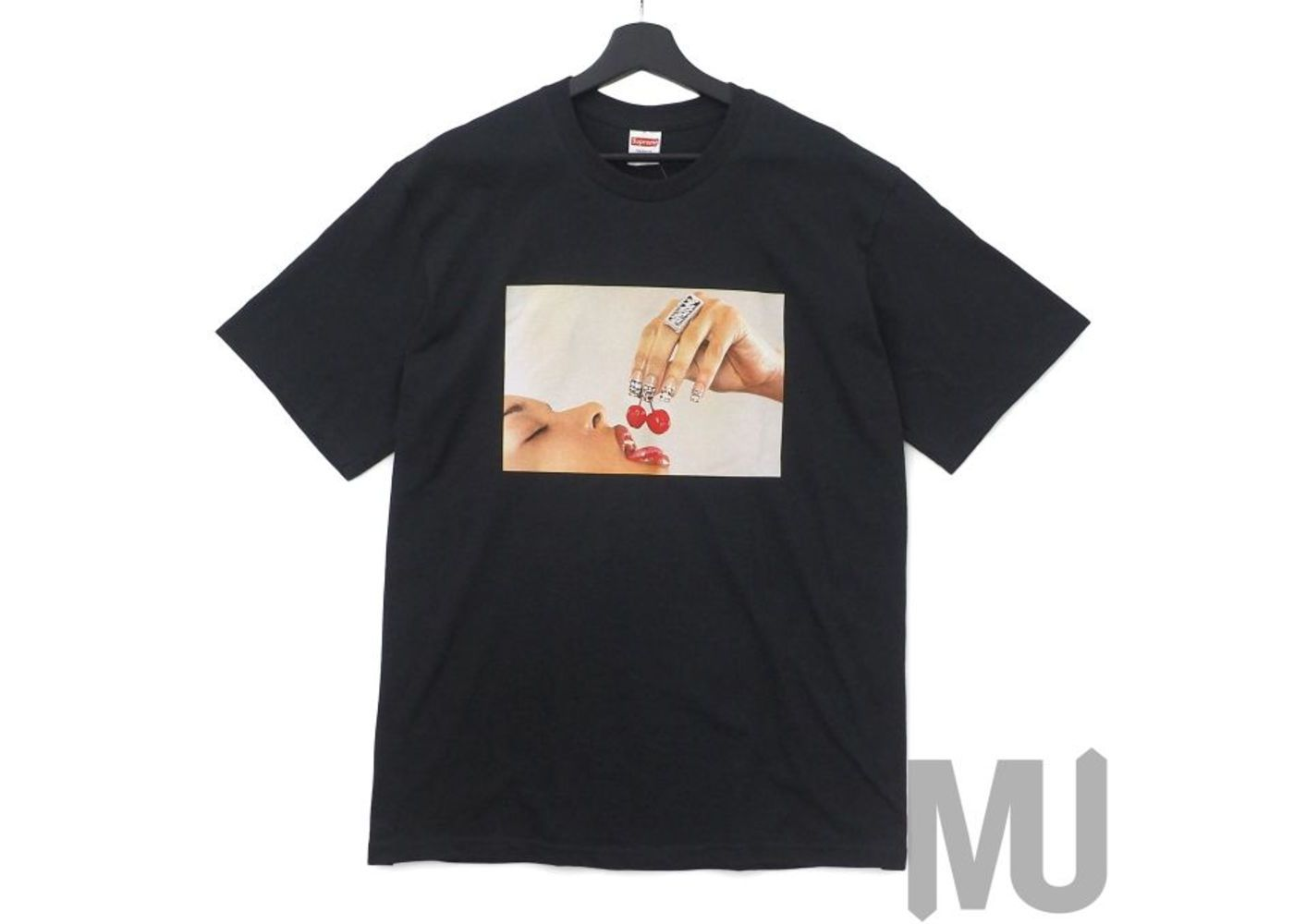 Supreme Cherries Tee Blackの写真