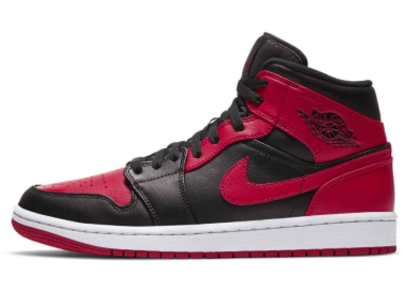 Nike Air Jordan 1 Mid Black Redの写真