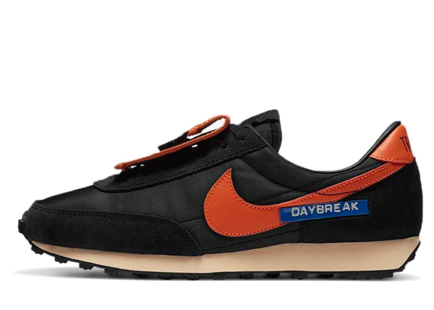 Nike Daybreak Black Orange Womensの写真