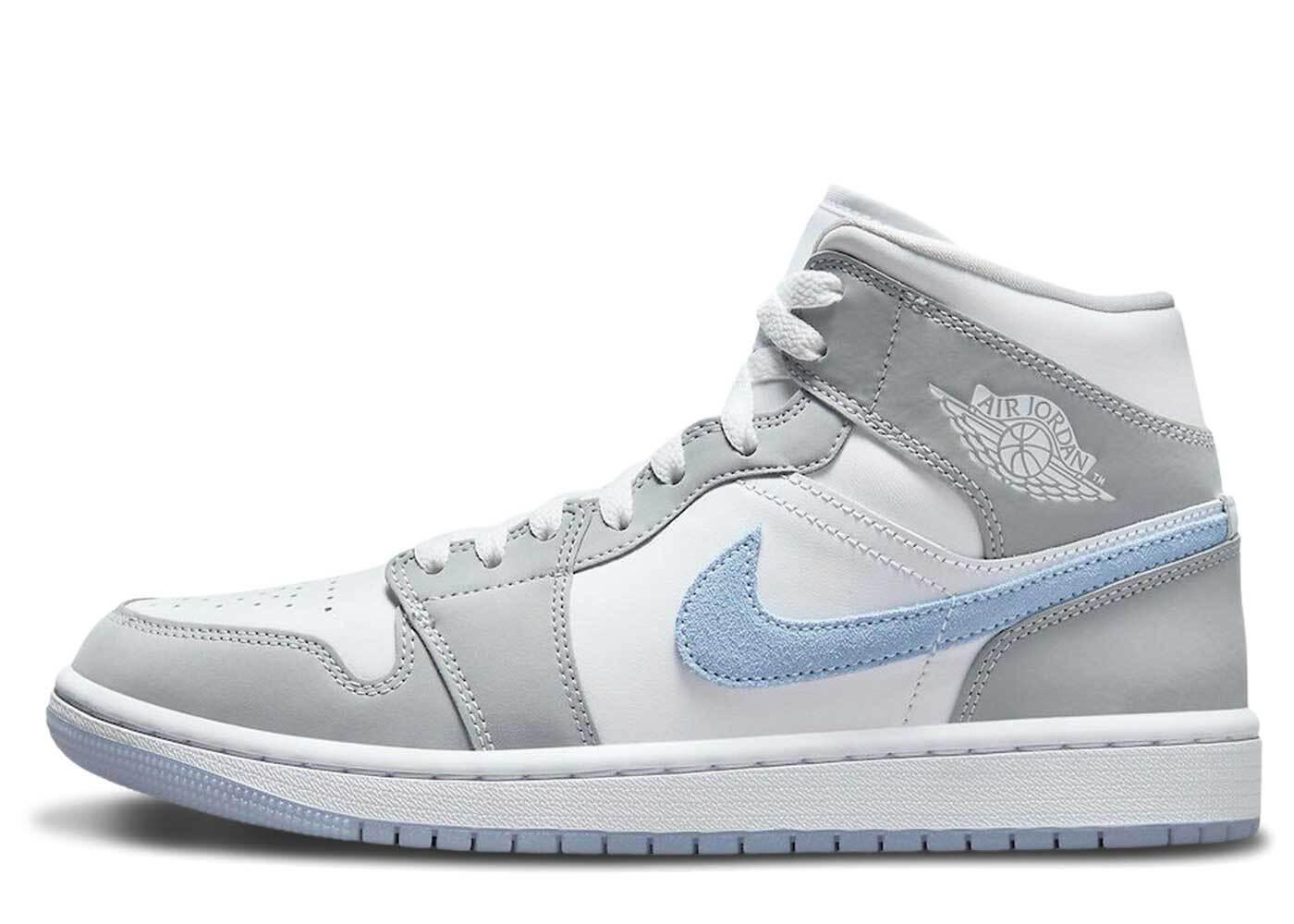Nike Air Jordan 1 Mid White Grey Blue Womensの写真