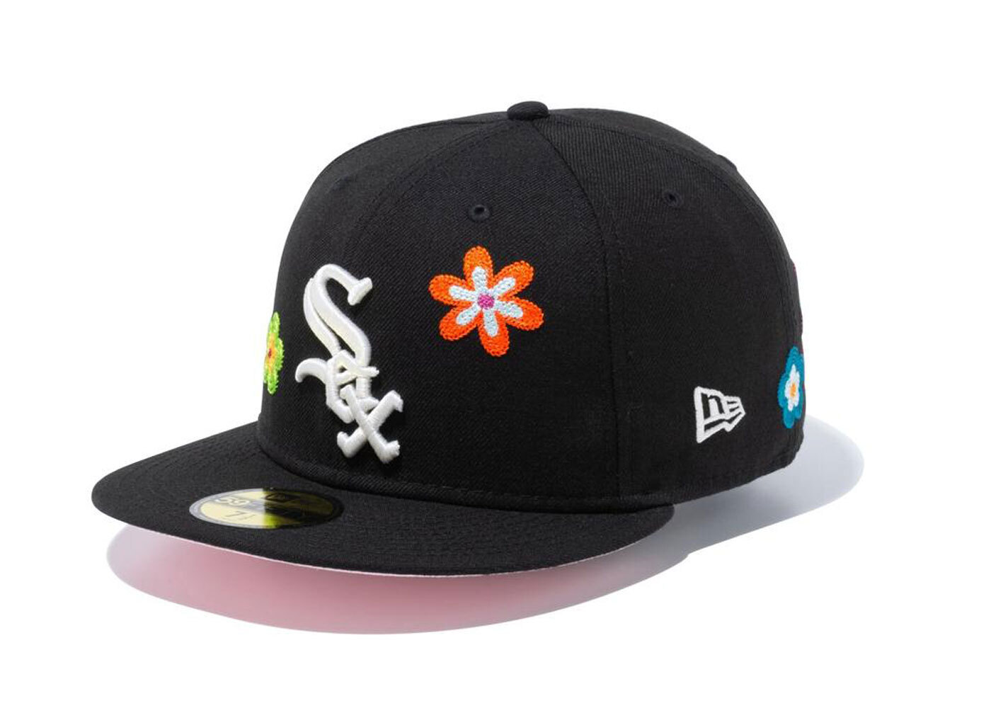 New Era 59FIFTY Chain Stitch Floral Chicago White Sox Pink Under Visor Blackの写真