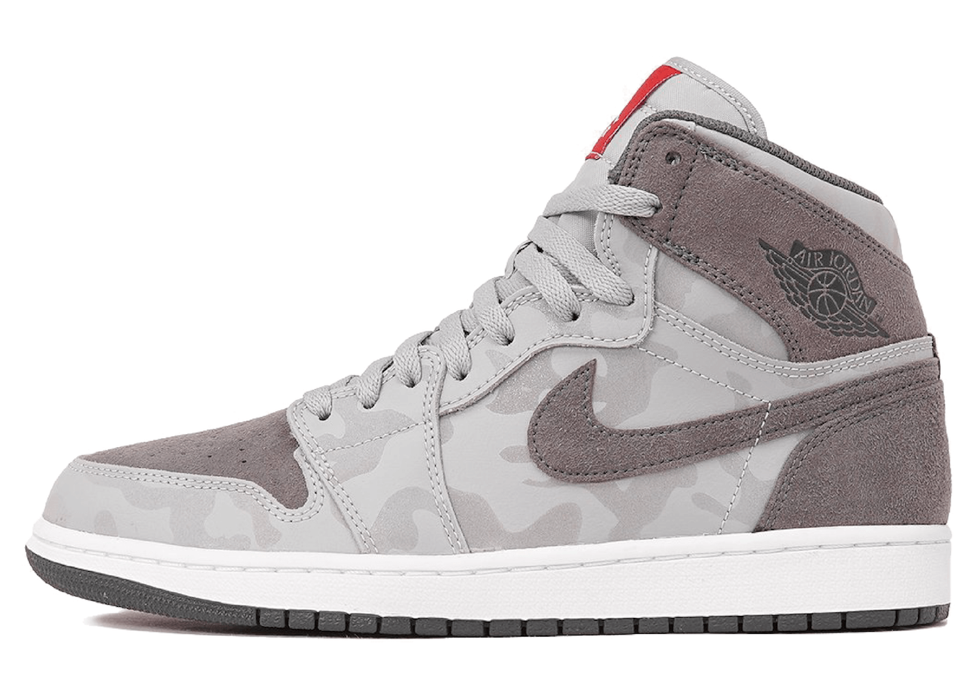 Jordan 1 Retro High Camo 3M Wolf Greyの写真