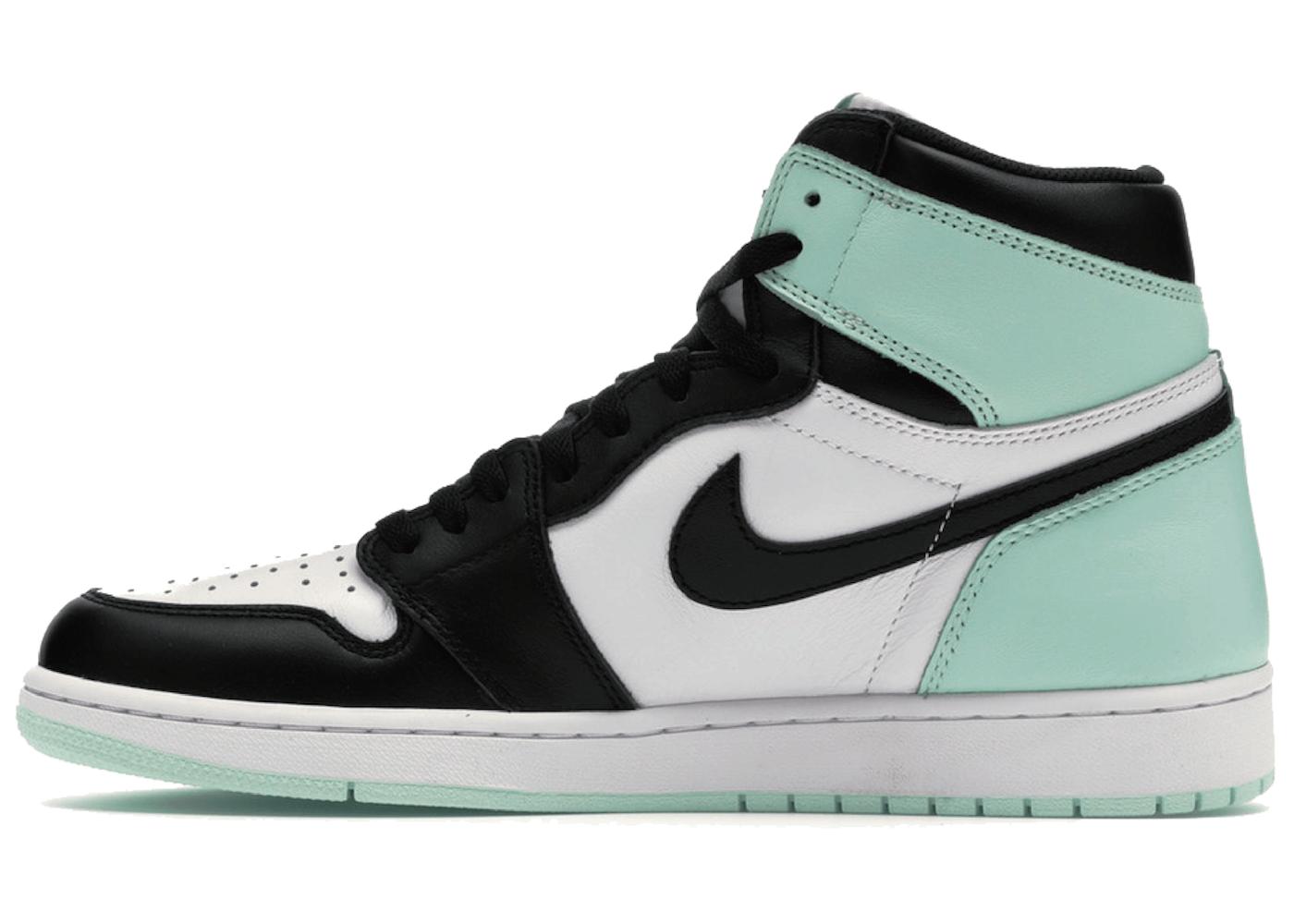 Nike Air Jordan 1 Retro High OG NRG Iglooの写真