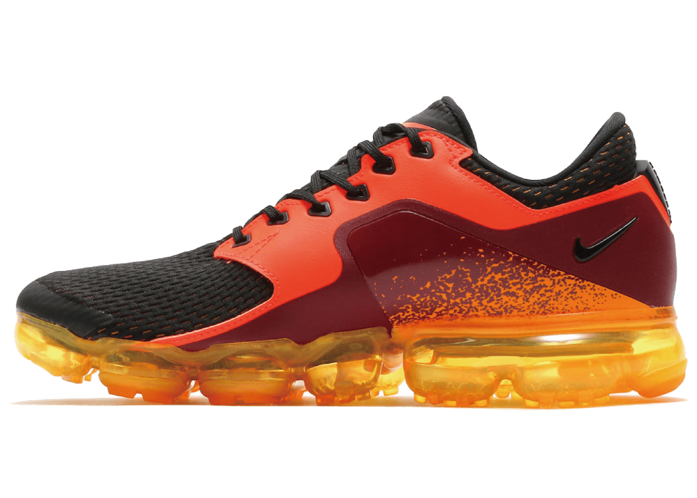 Air VaporMax CS Total Crimson Blackの写真