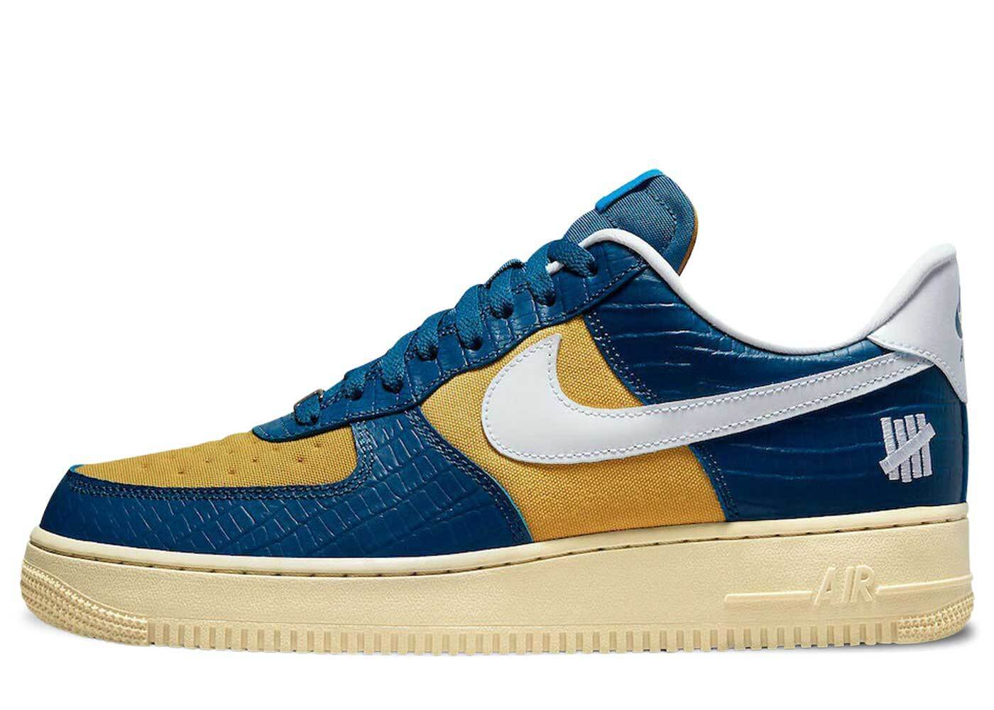 Undefeated × Nike Air Force 1 Low SP Blue Yellowの写真