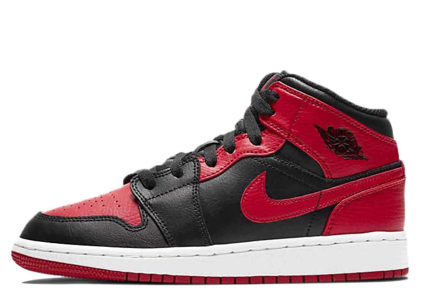 Nike Air Jordan 1 Mid Black Red GSの写真