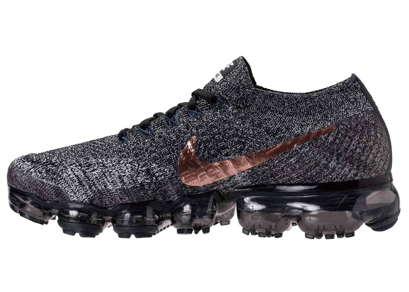 Air VaporMax Explorer Darkの写真
