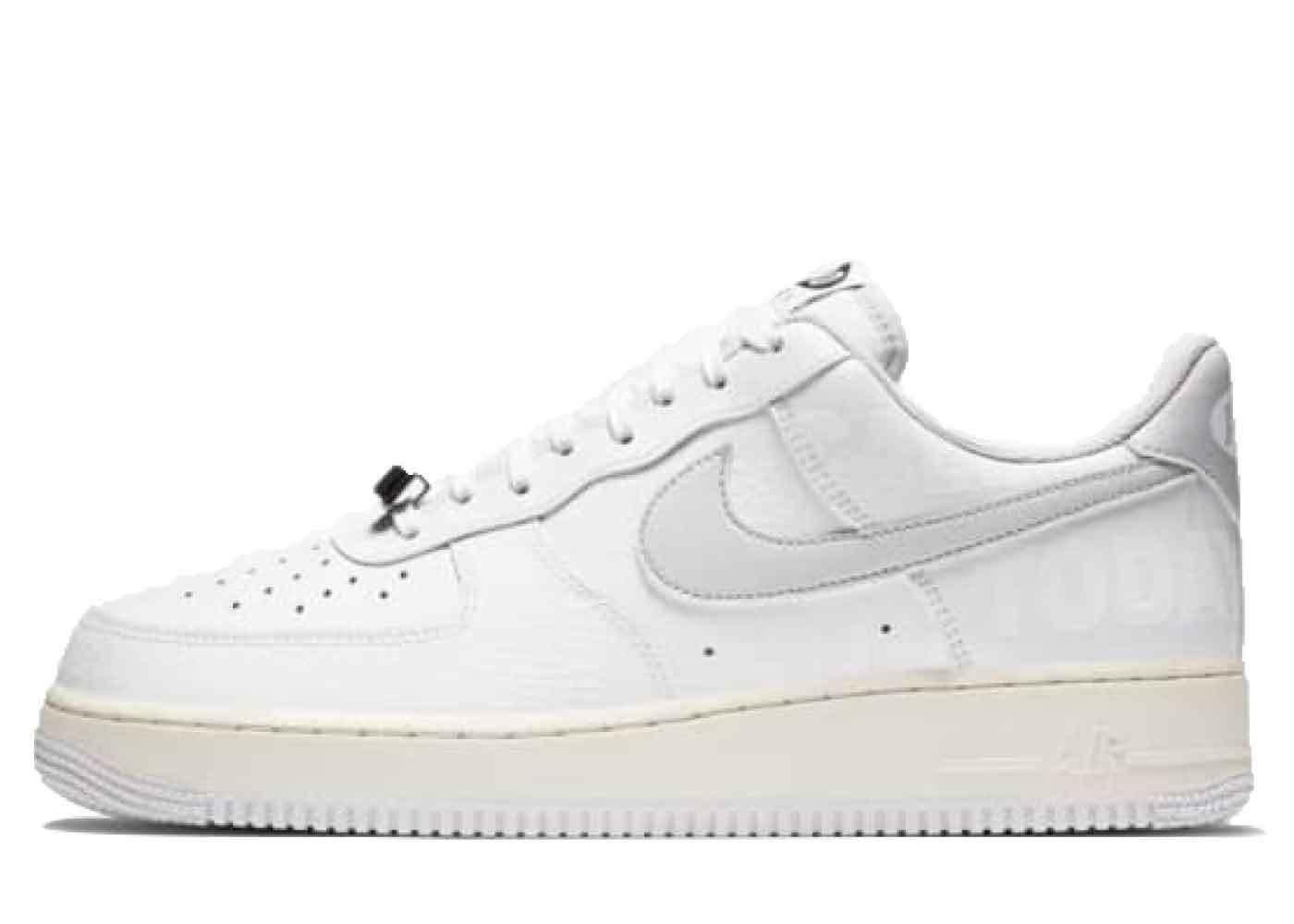 Nike Air Force 1 07 Low 1-800の写真