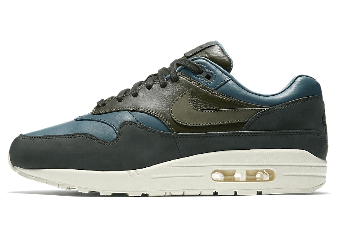 Air Max 1 Pinnacle Iced Jadeの写真