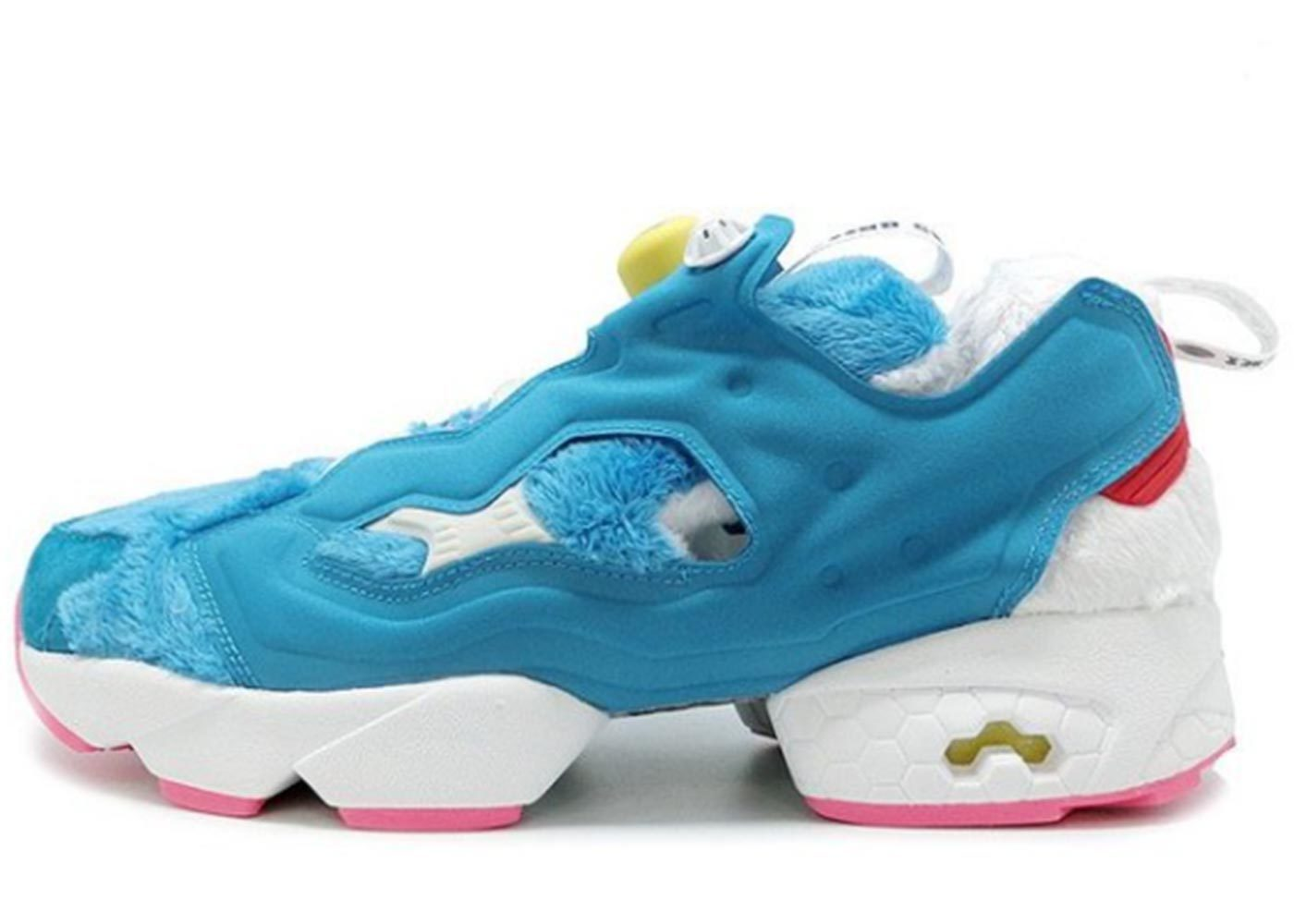 Packer Shoes × Atmos × Reebok Instapump Fury Doraemonの写真