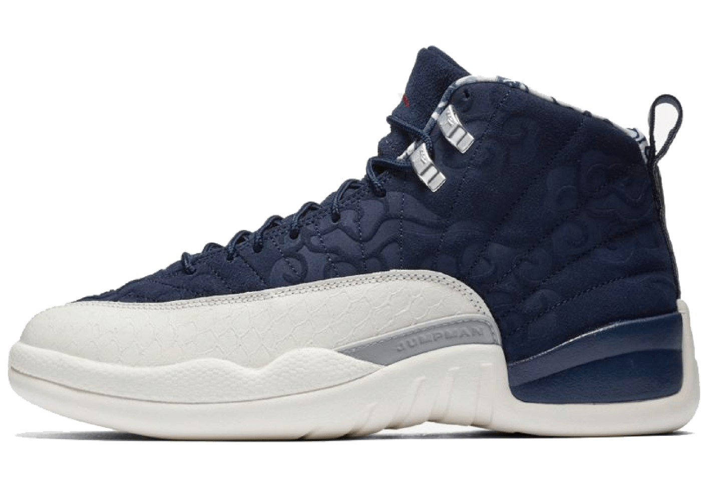 Nike Jordan 12 Retro International Flightの写真