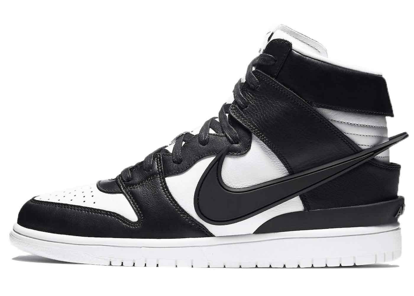Ambush × Nike Dunk High Black Whiteの写真