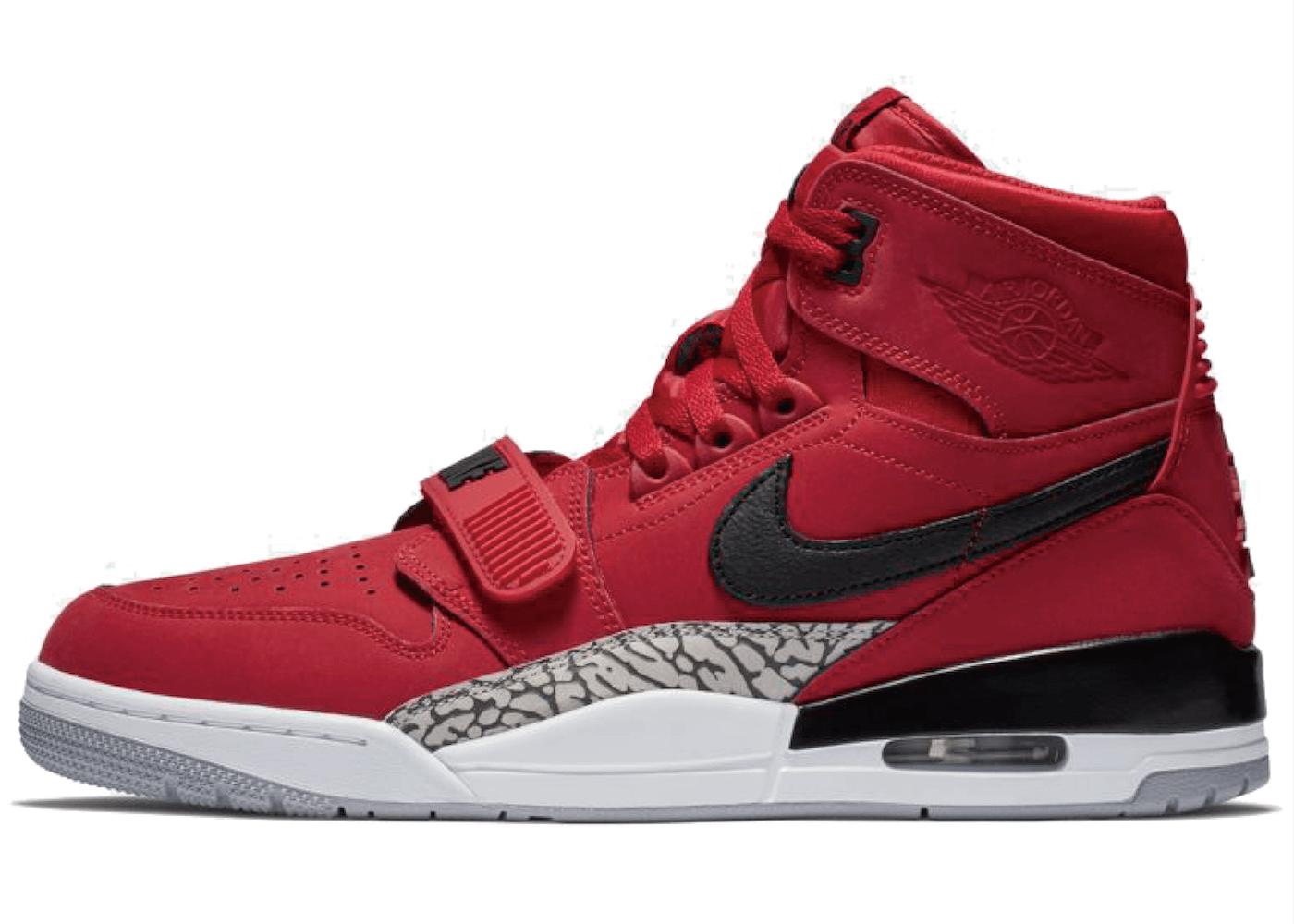 Nike Jordan Legacy 312 Toroの写真