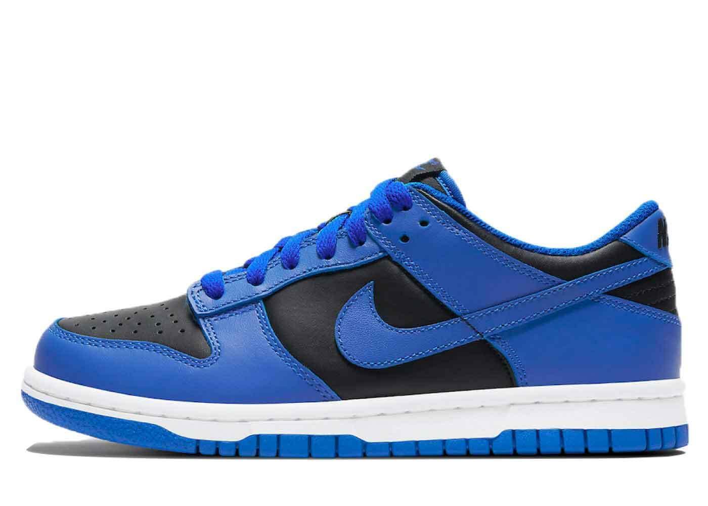 Nike Dunk Low Hyper Cobaltの写真