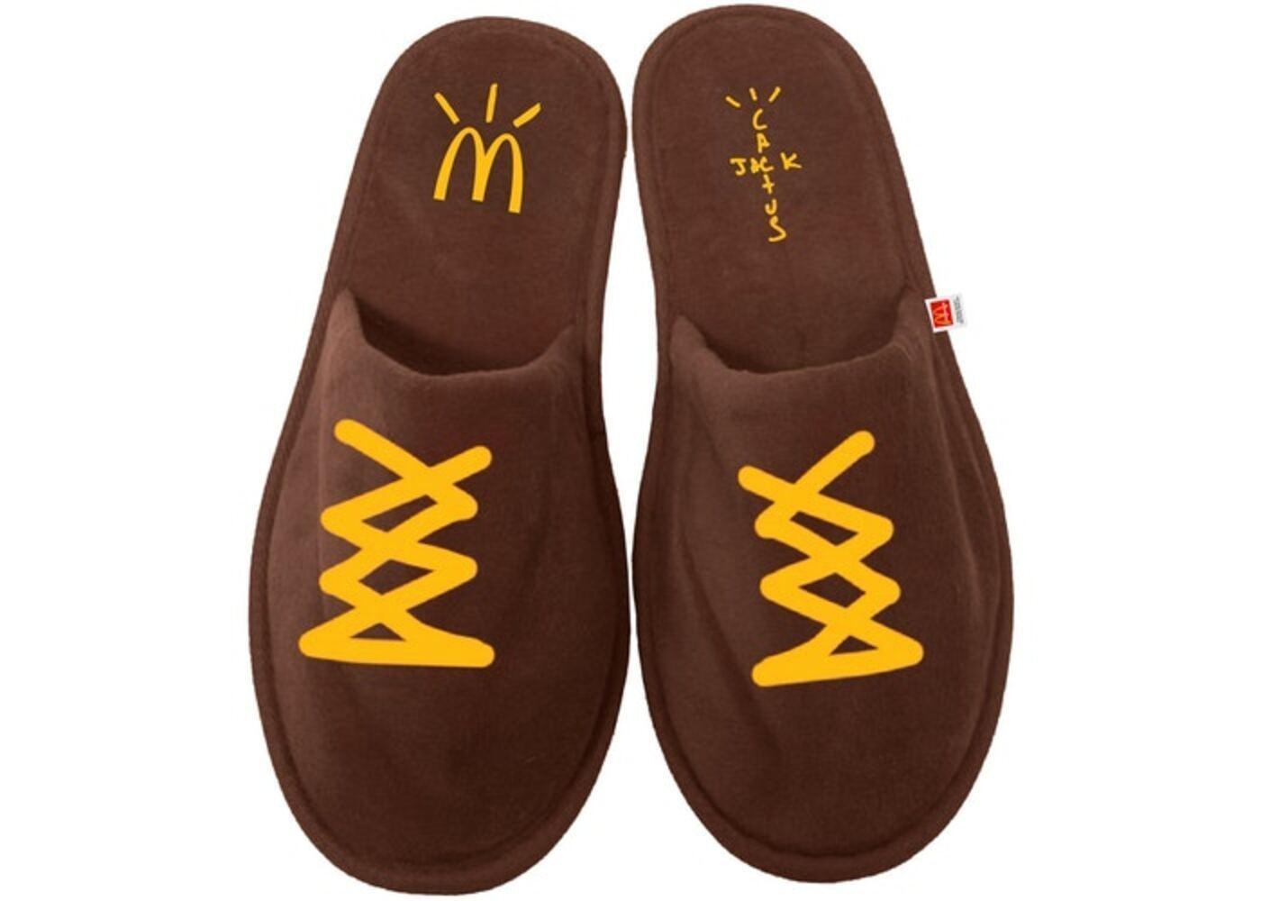 Travis Scott x McDonald's Cj House Slippers Brownの写真