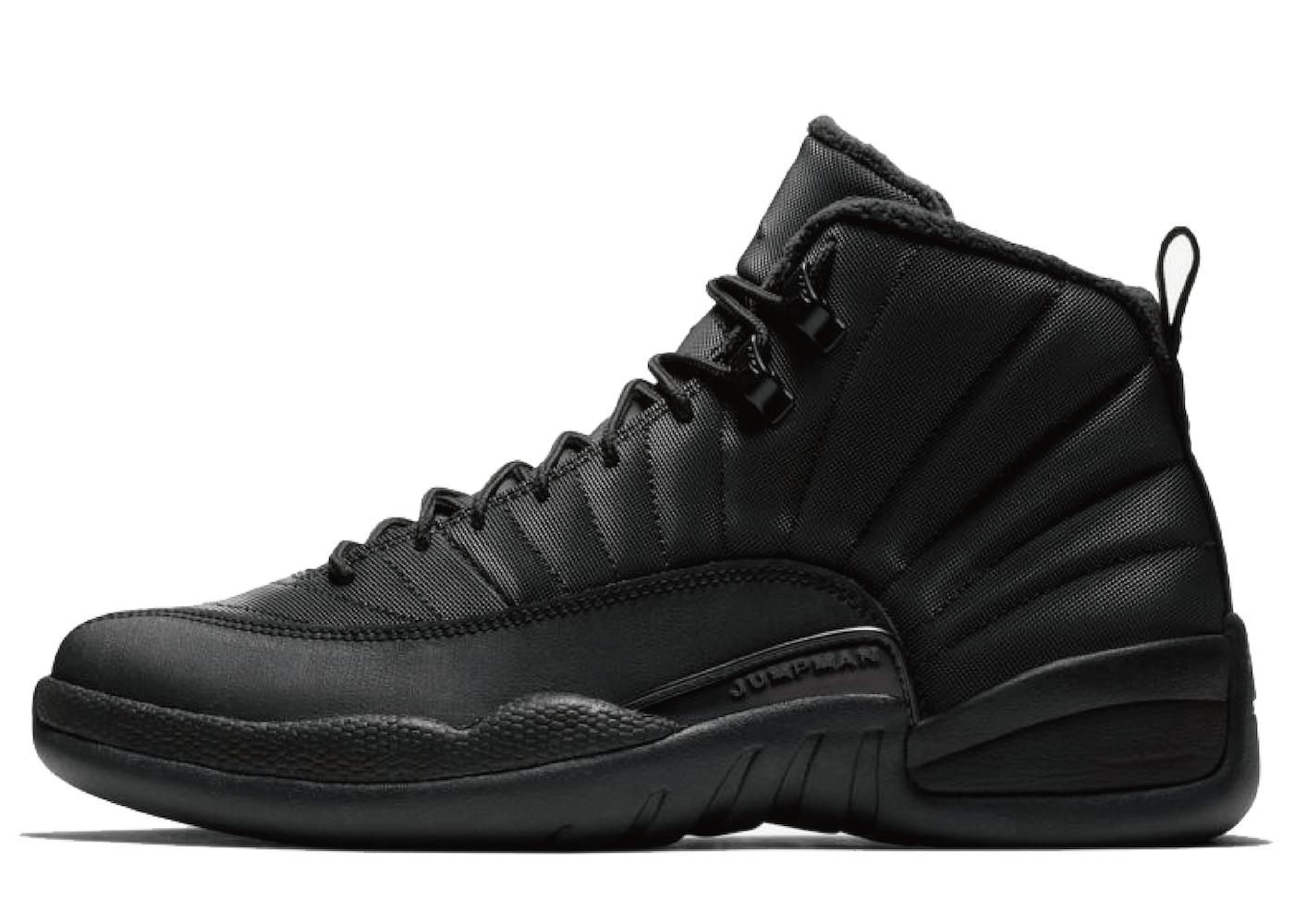 Nike Air Jordan 12 Retro Winter Blackの写真