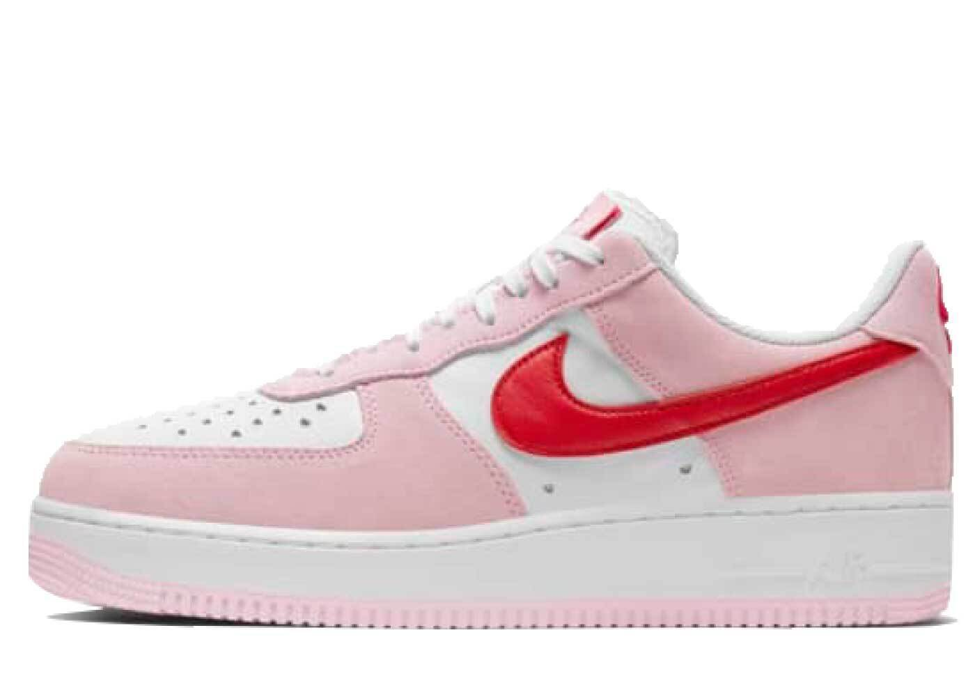 Nike Air Force 1 07 Valentines Day QSの写真