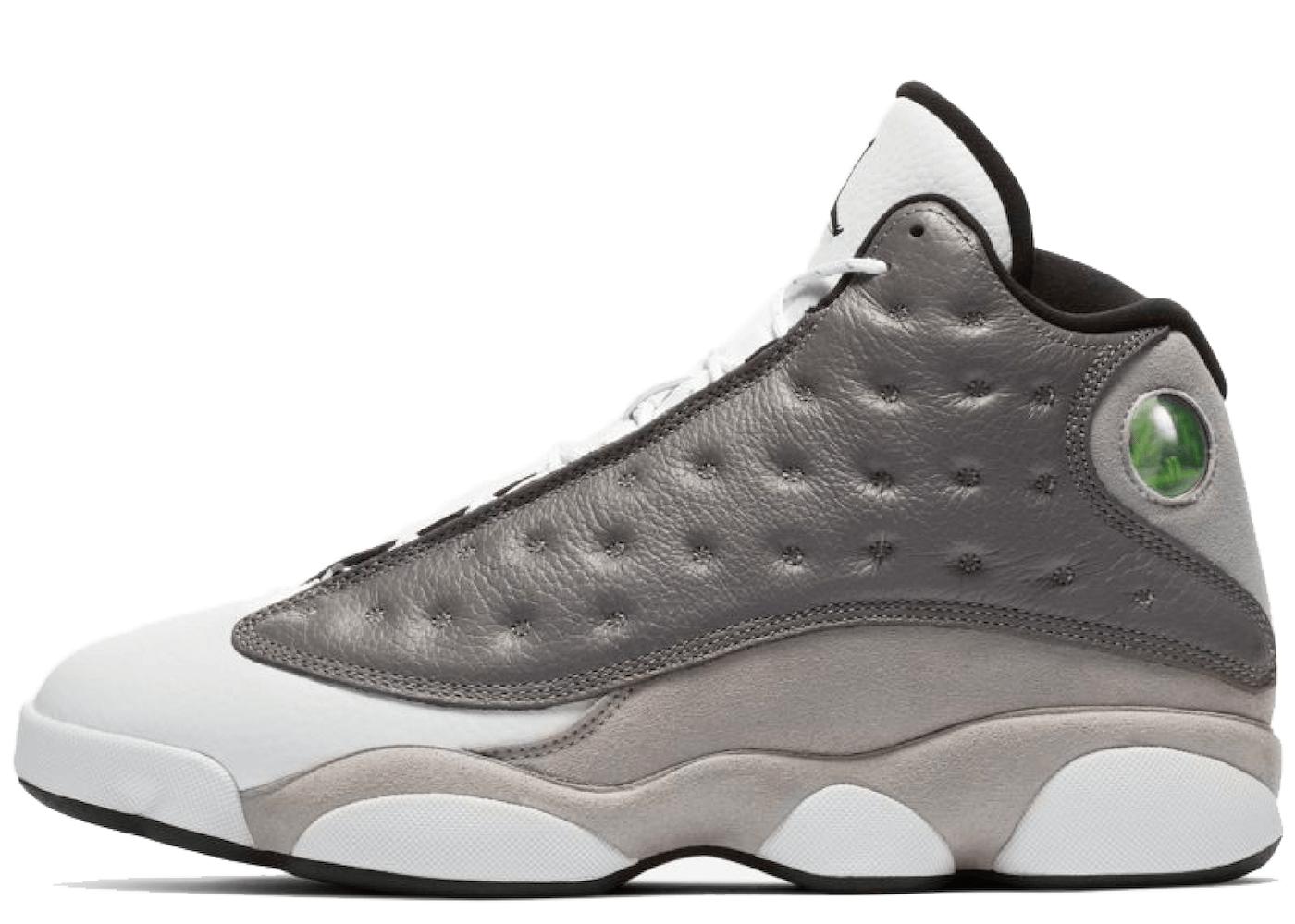Nike Air Jordan 13 Atmosphere Greyの写真