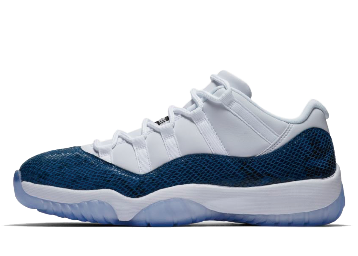 Nike Air Jordan 11 Retro Low Snake Navy (2019)の写真
