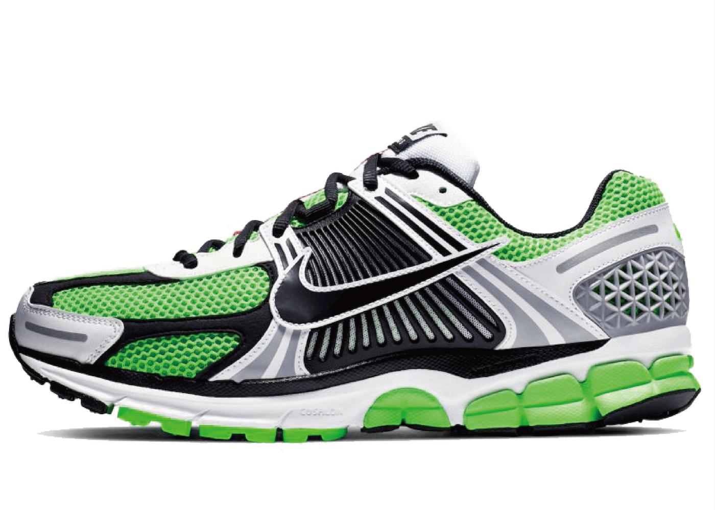 Nike Zoom Vomero 5 Lime Greenの写真