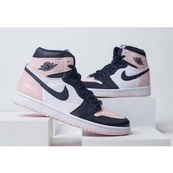 """【2021年12月22日発売予定】Nike Air Jordan 1 High OG """"Atmosphere"""" について の写真"""
